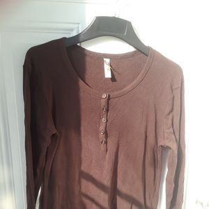 BROWN HENLEY TOP/SHIRT 100%COTTON WHITE STAG SZ S